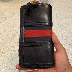 Gucci classic bamboo wallet